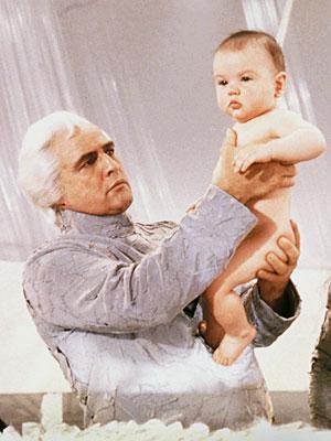 http://2.bp.blogspot.com/-mwnMMNjyU9c/Tg0mFcNId-I/AAAAAAAABmc/Rbnsmwm6270/s1600/Brando.jpg
