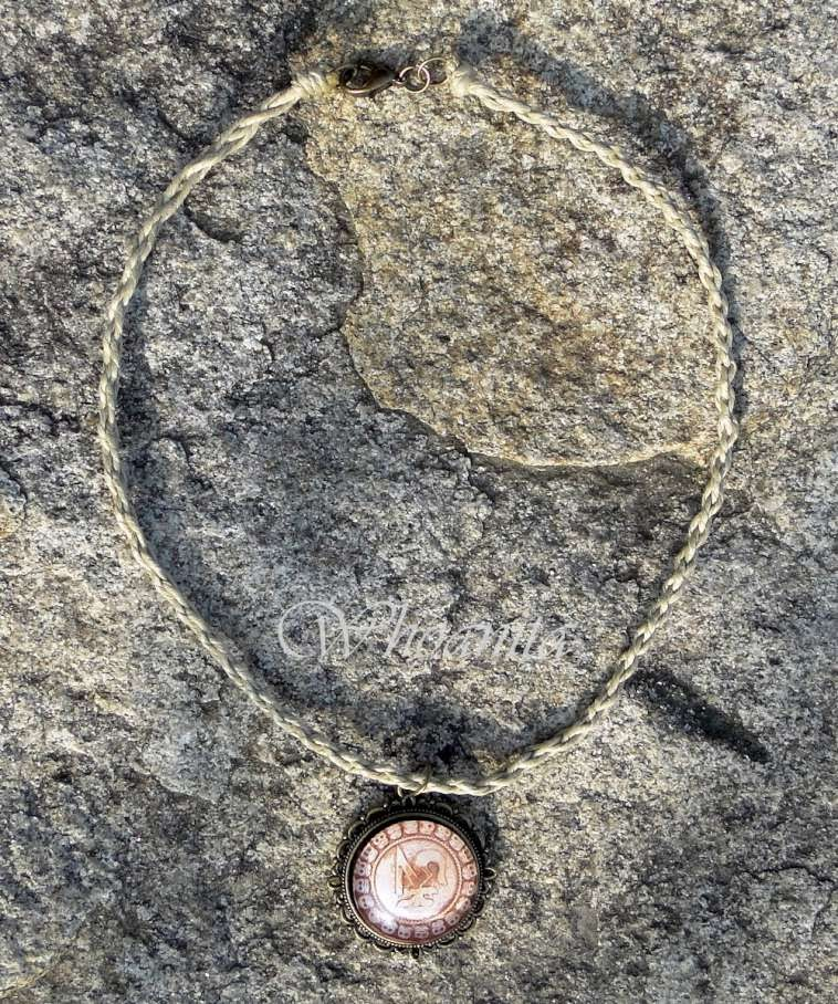 naszyjnik amulet z kaboszonem