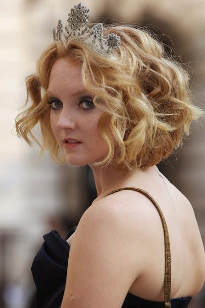 poisonyaoi curly wedding hairstyle