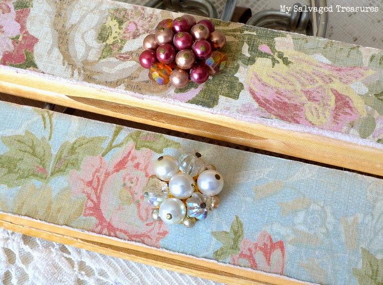 craft paper vintage earrings decorated hangers