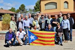 29-4-14 Caves Agustí Torelló i dinar a La Garrofa