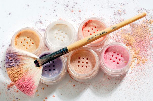5 Advantages of Mineral Makeup over Regular Makeup