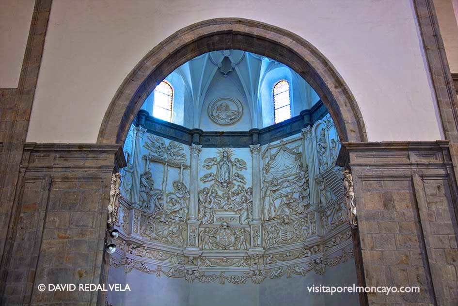 Capilla del Carmen Friso de relieve Basílica de la Virgen de los Milagros de Agreda