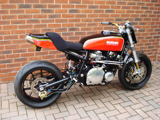 Pas Tout à fait des Nouveautés... Café Racers &Co Suzuki-GSX1100-motographite-3