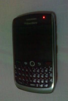 Cara Memperbaiki HP Blackberry Rusak Mati Total