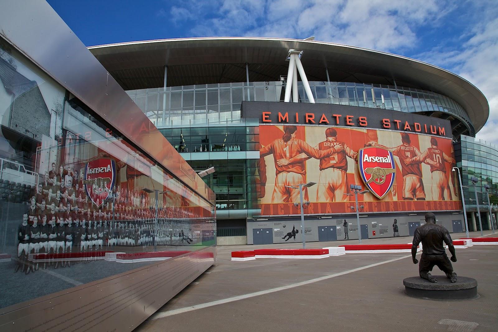 http://2.bp.blogspot.com/-my5RNPjwvR0/UAEttyInhkI/AAAAAAAAPtQ/-EFsMNoeyjM/s1600/Arsenal%252C+Emirates+Stadium.jpg