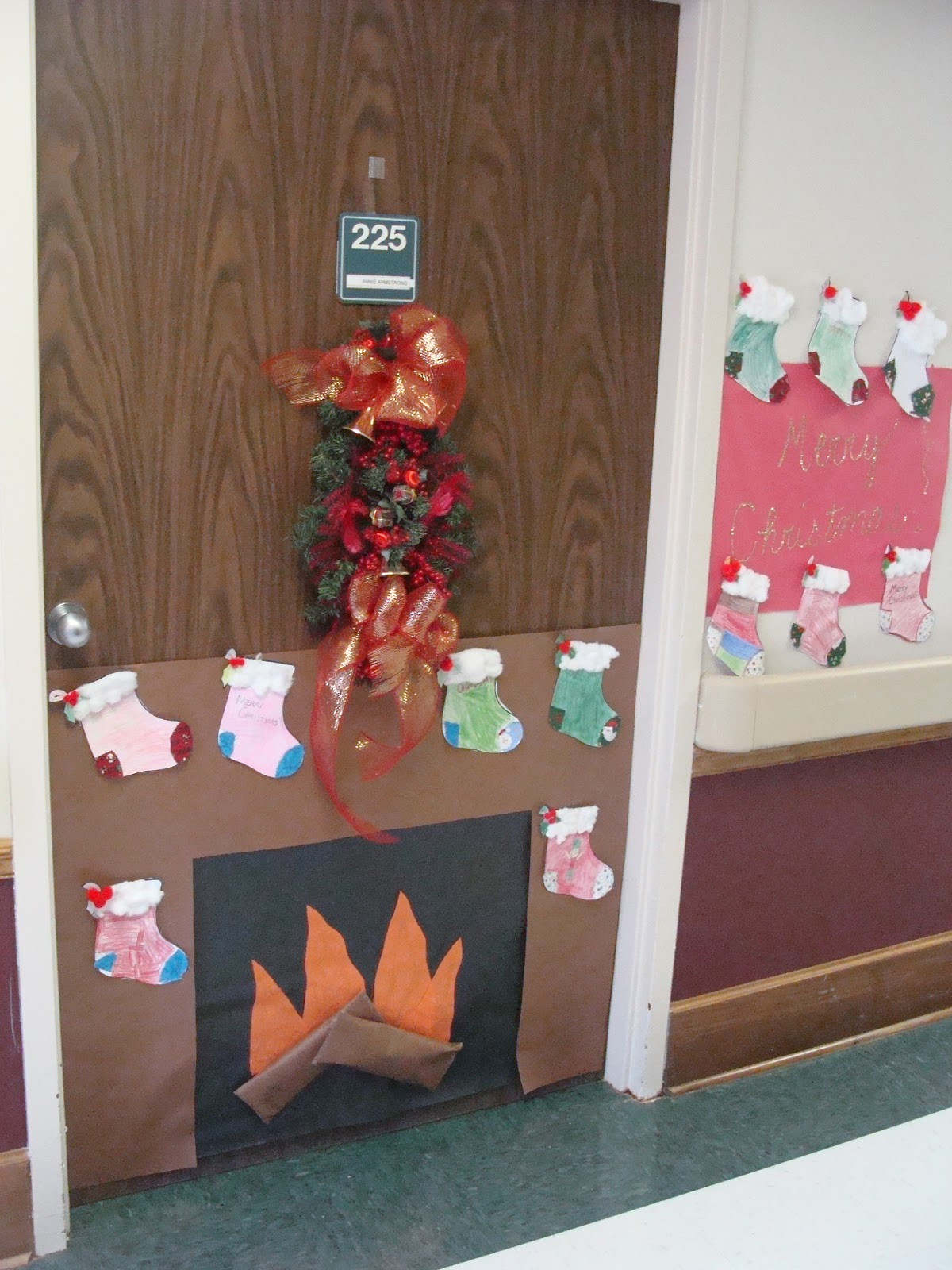 Mrs sheri 39 s fourth grade class for Nursing home christmas door decorations