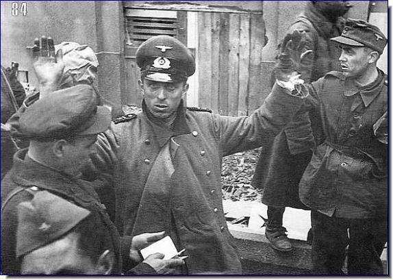معركة سقوط برلين 1945  German-troops-surrender-februrary-1945-budapest