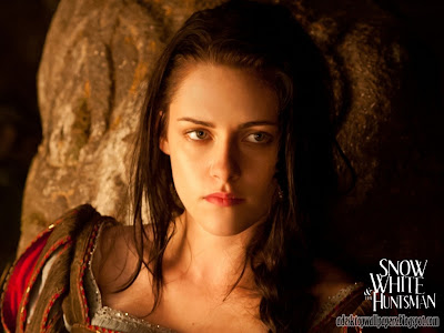Snow White And The Huntsman Movie Desktop Wallpapers, PC Wallpapers, Free Wallpaper, Beautiful Wallpapers, High Quality Wallpapers, Desktop Background, Funny Wallpapers http://adesktopwallpapers.blogspot.com