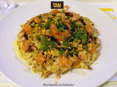 Thai Wok: Thai Pizza de Salmão