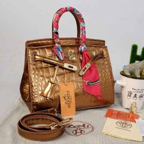 http://tasbrandedbatamgrosir.blogspot.com/