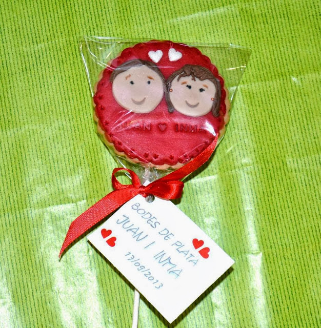 Detalle regalo invitados Galletas decoradas Fondant personalizadas Bodas de Plata sugar dreams gandia
