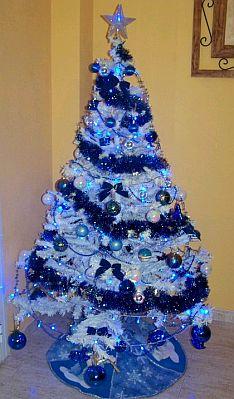 Blue christmas trees 1 - Arboles decorados de navidad ...