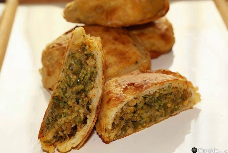 Recette des r'ghaifs à la courgette et des crevettesرغايف بالكوسة، الفلفل والجمبري