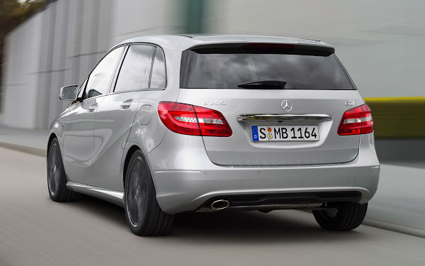 Mercedez Benz New B-Class back