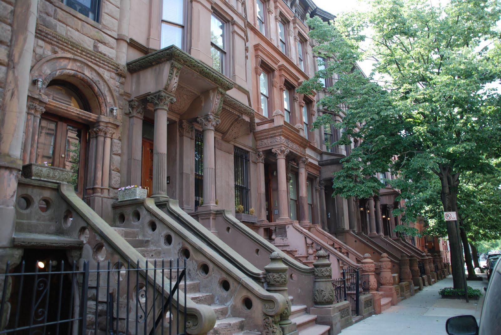 burdin 39 s family in usa dernier tour new york city harlem. Black Bedroom Furniture Sets. Home Design Ideas