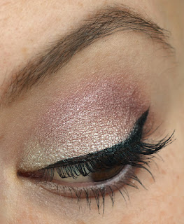 http://lenas-sofa.blogspot.de/2015/06/nicka-k-new-york-quad-eyeshadow-sierra.html