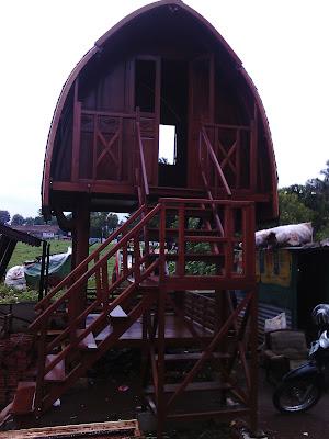 Gazebo Lombok