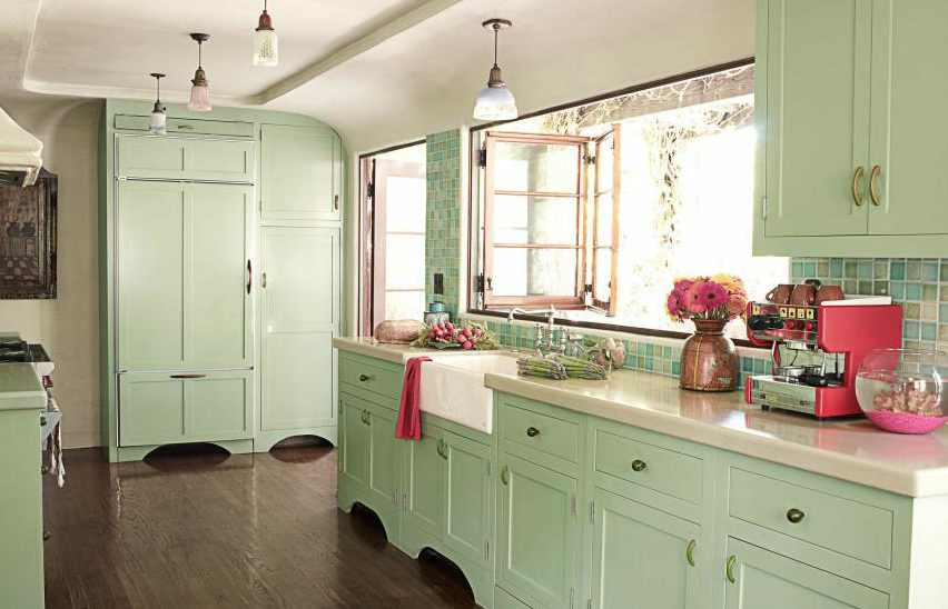 Trend moda stil mint ye ili ev dekorasyon fikirleri for Sage green kitchen cabinets with white appliances