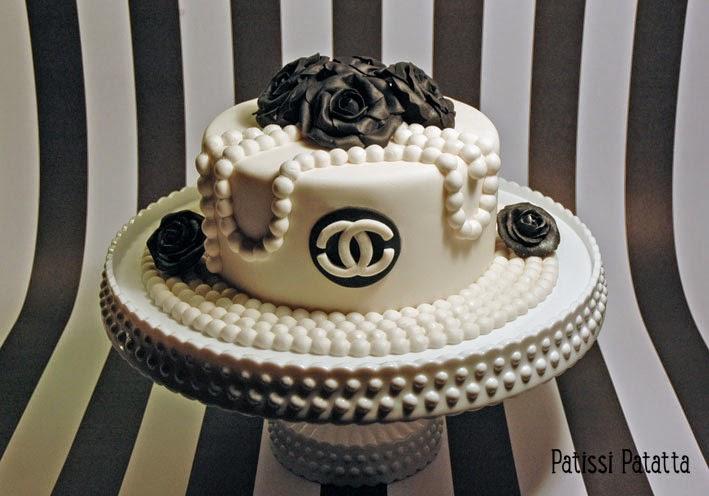 cake design, pâte à sucre, gumpaste, fondant, dummy cake, chanel dummy, gâteau factice, chanel cake