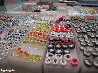 costume jewelry, earrings, studs, spider, spider earings,