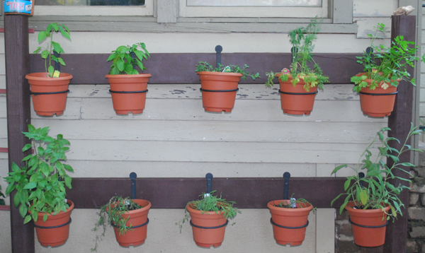 The Pretty Things Diy Plant Stands