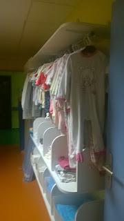 hopital hôpital pédiatrie service enfant bambin bébé lingerie