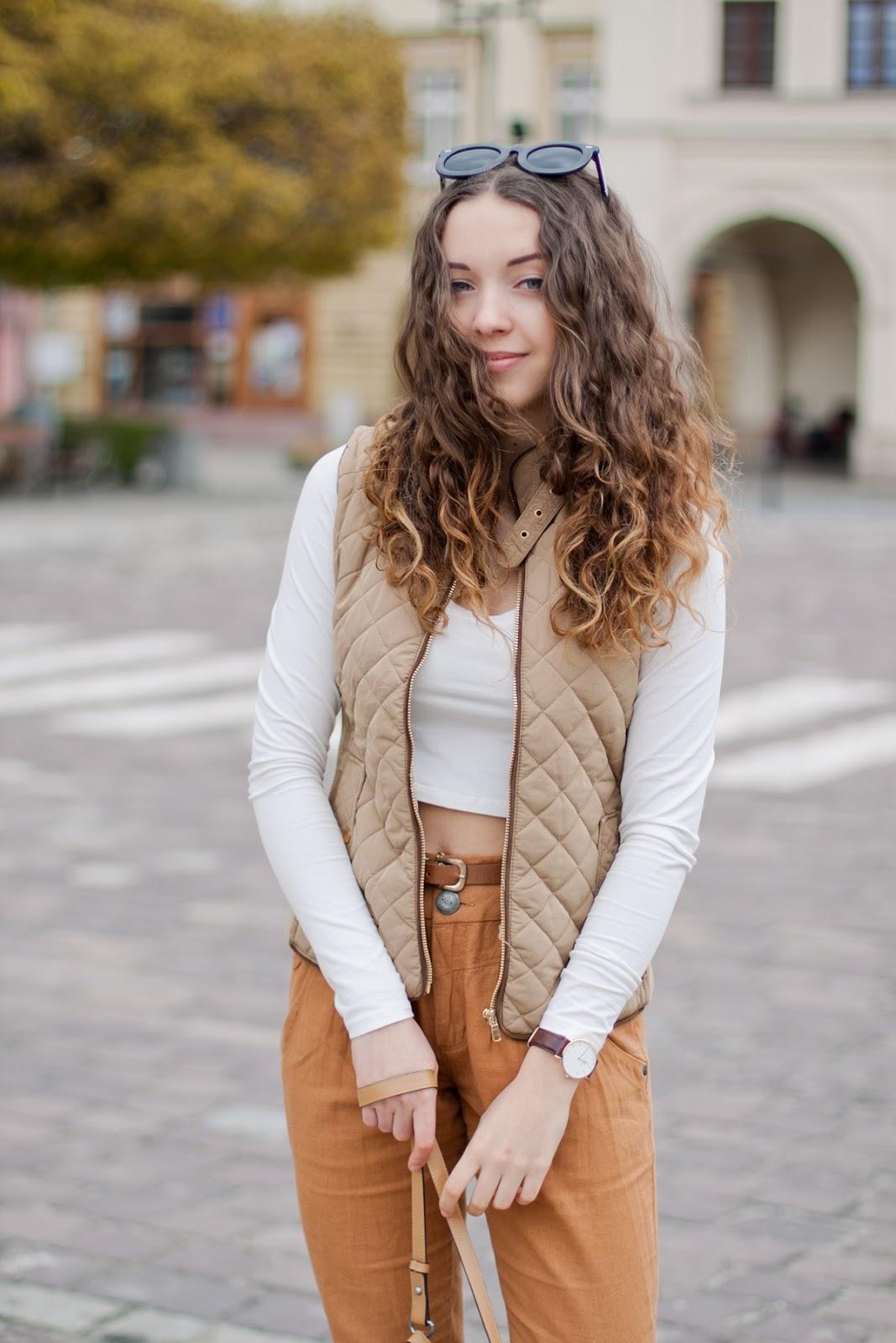 karmelowe spodnie