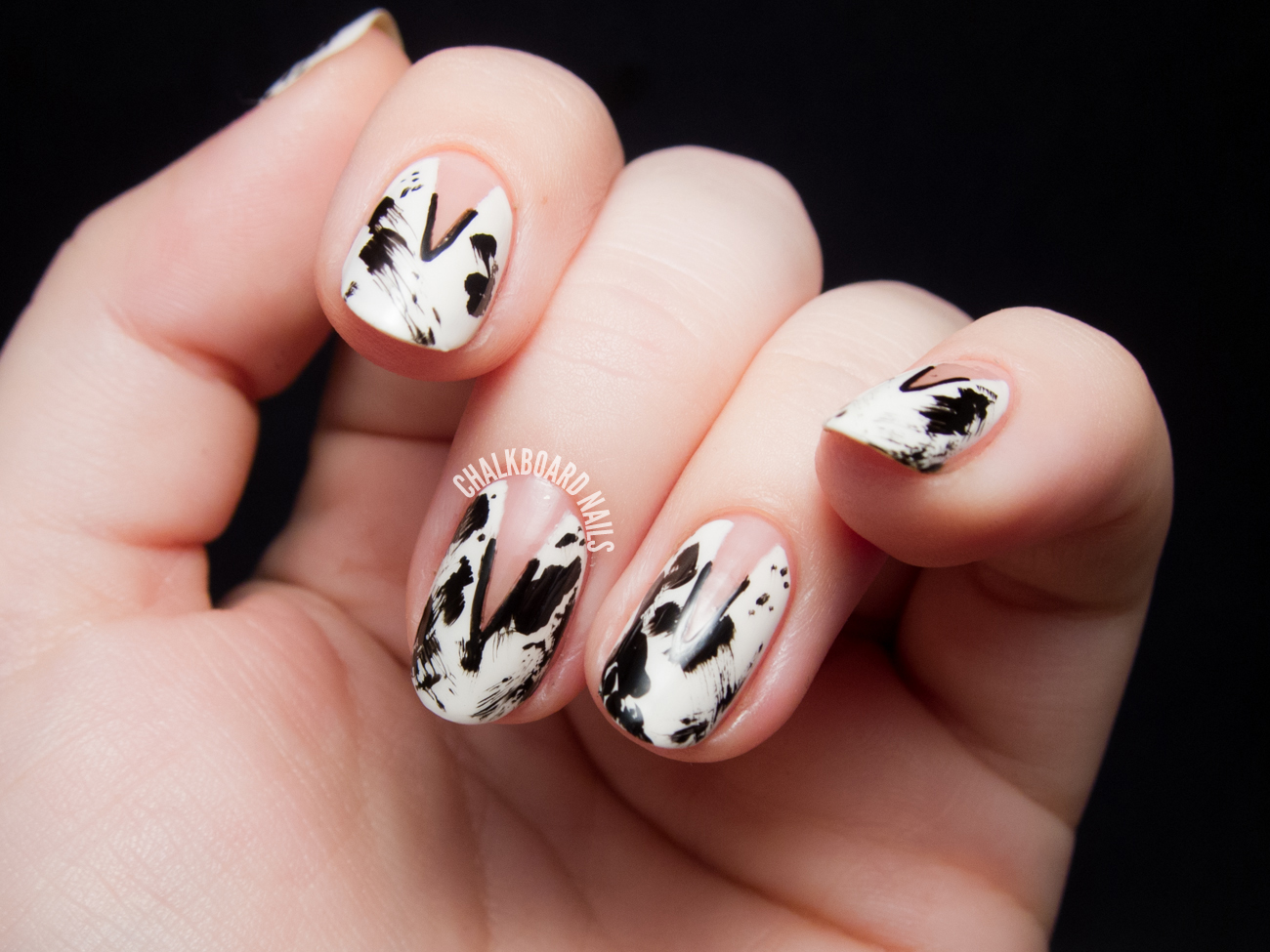 Inky Negative Space Nail Art by @chalkboardnails