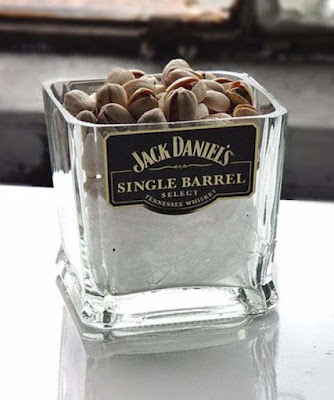 19 Fun Diy Ideas Inspired By Jack Daniels Do It Yourself