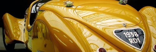 13-Yellow-Delahaye-Cheryl-Kelley-Chrome-Muscle-Cars-Hyper-realistic-Paintings-www-designstack-co