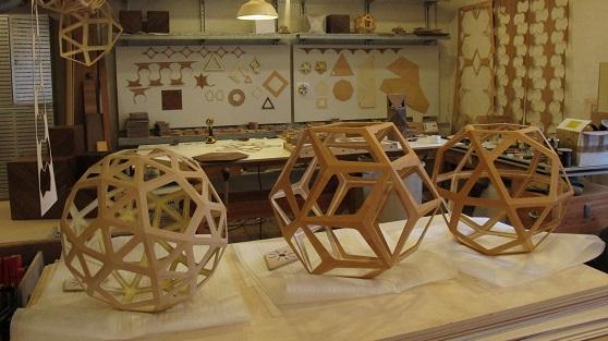 figura geometrica de madera