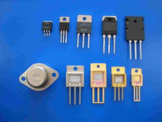 transistors komputer generasi kedua