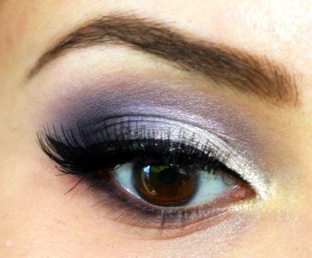 Tuto maquillage noir et bleu - Smoky eyes tuto ...