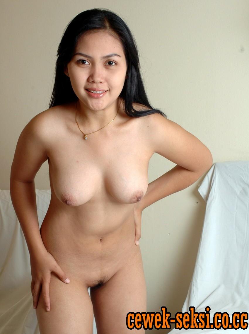 Artis Bugil Indonesia