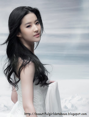 Crystal Liu Yi Fei Beautiful Girl, Actress, Model, Idol, Celebrity.