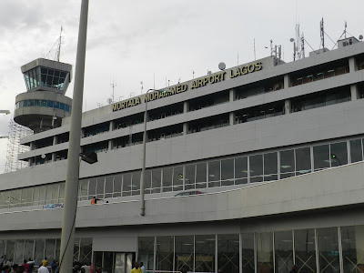 Lagos airport beggars on a rise