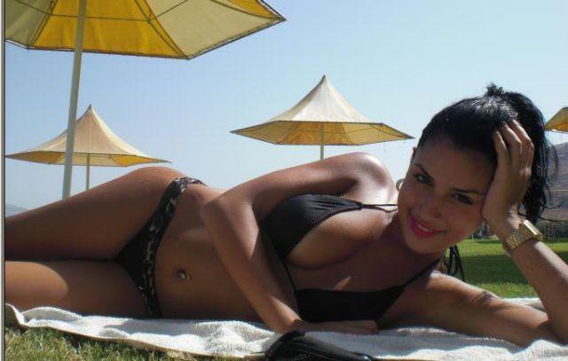 Сексуальная арабская девушка