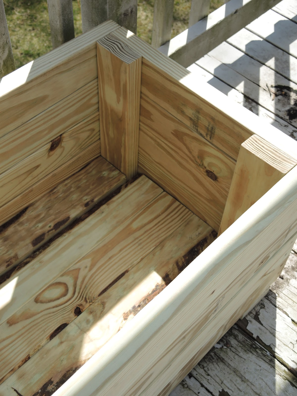 cm shaw studios how to build a planter out of pressure. Black Bedroom Furniture Sets. Home Design Ideas