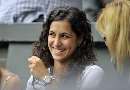 Roger Federer Girlfriend Vs Rafael Nadal Girlfriend ...
