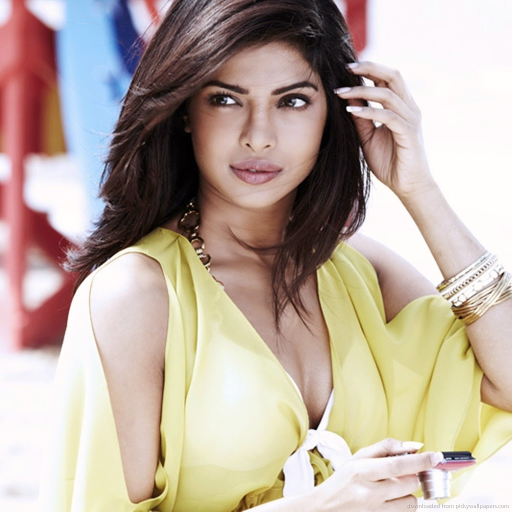 Priyanka Chopra unseen hot hd wallpaper