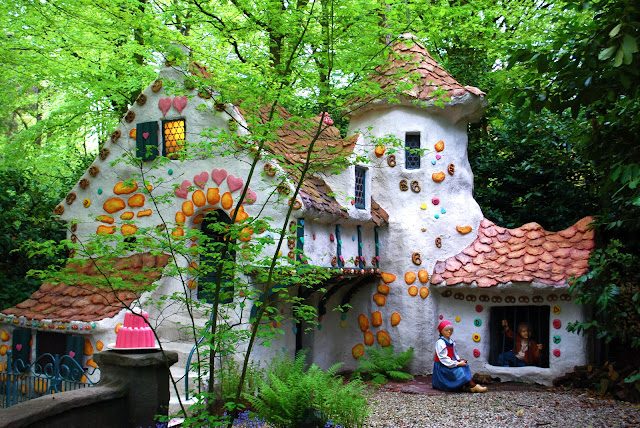hansel and gretel - candy house - fairytale - story - magic world