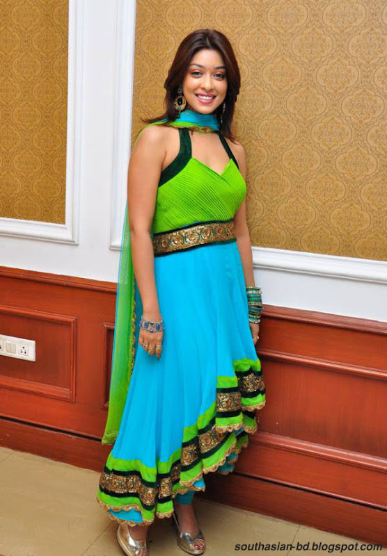 Payal Ghosh Harika  Latest Hot Photo Shoot Picture Gallery telugu actress gallery pictures