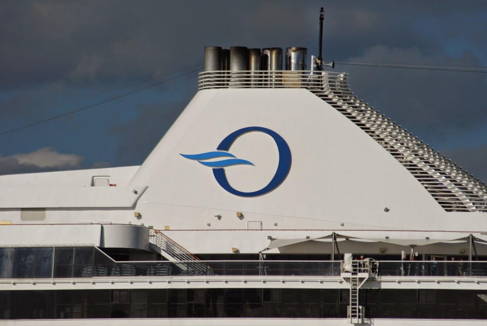 NAVIGATIONCruising And Maritime Themes MARINA Departing