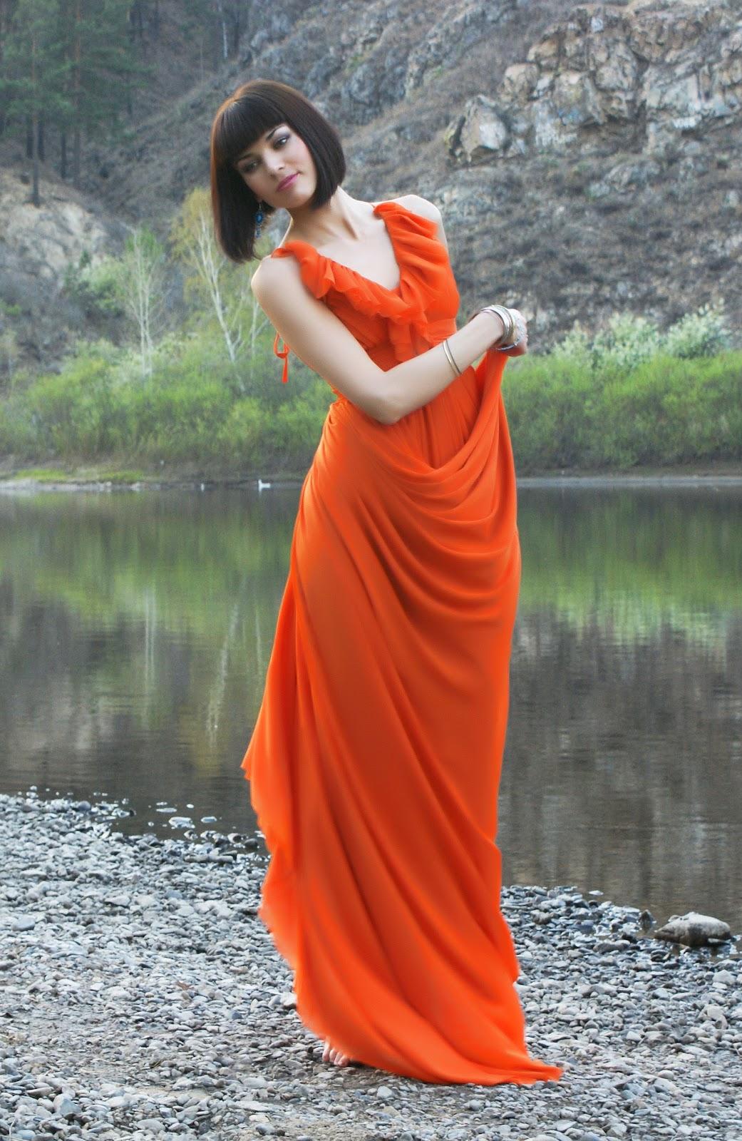 простые длинные платья с рукавом три четверти