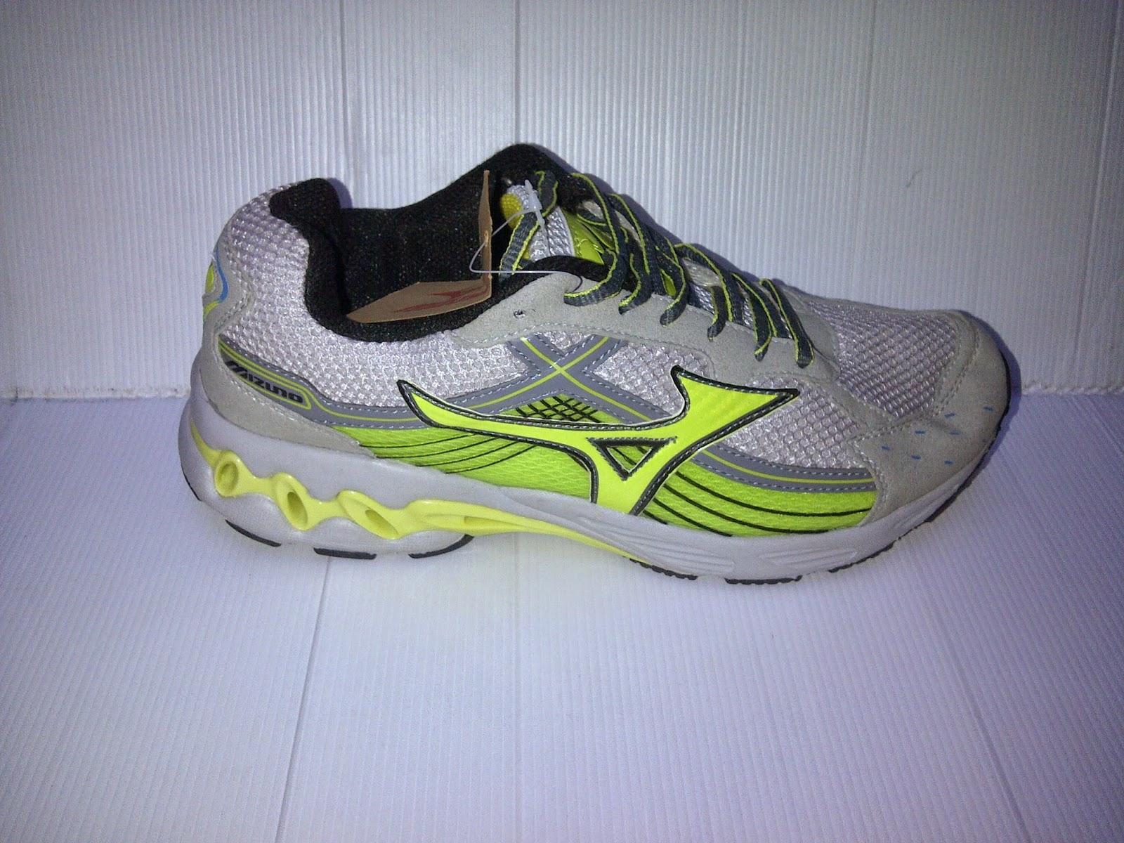 Toko Sepatu Murah , Grosir Sepatu Branded Murah , Sepatu Nike,Adidas,Reebok,Converse,Puma,Kickers,New Balance,Toko Sepatu Online Indonesia,