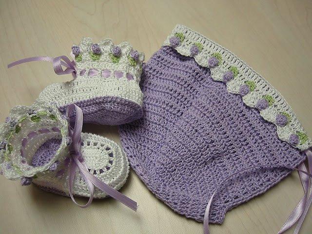 Modèle crochet -  bonnet en crochet - chaussette crochet