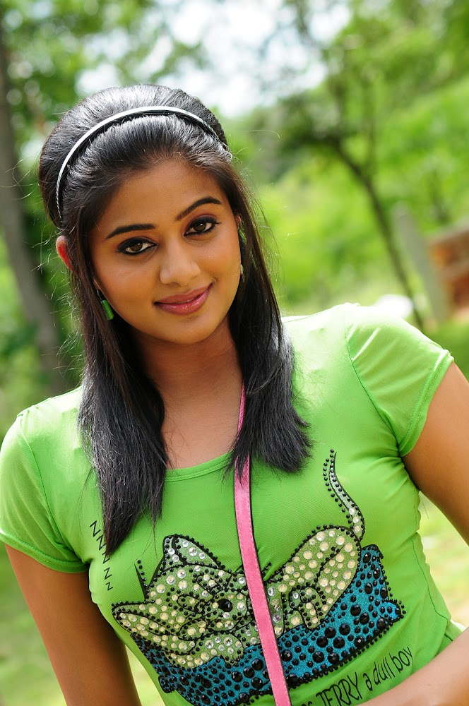 Telugu Actress Priyamani in Tikka Movie Photo Gallery