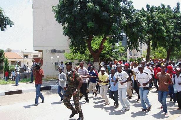 Angola: Mais de 200 desmobilizados dos vários processos de paz receberam meios...
