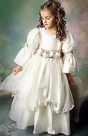 Vestido en Capas, Niña de las Flores